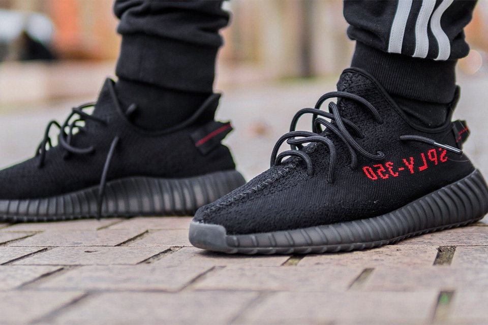 black-red-yeezy-boost-350-v2-011