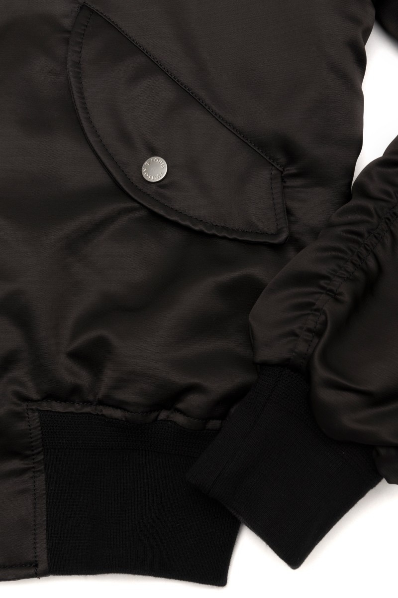louis-vuitton-bomber-jacket-dover-street-market-ginza-3-800x1200