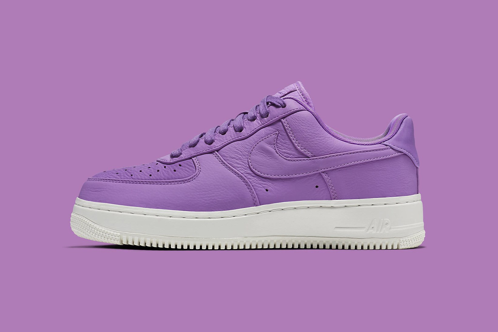 Everything is purple avec les NikeLab Air Force 1 Low « Purple Stardust »