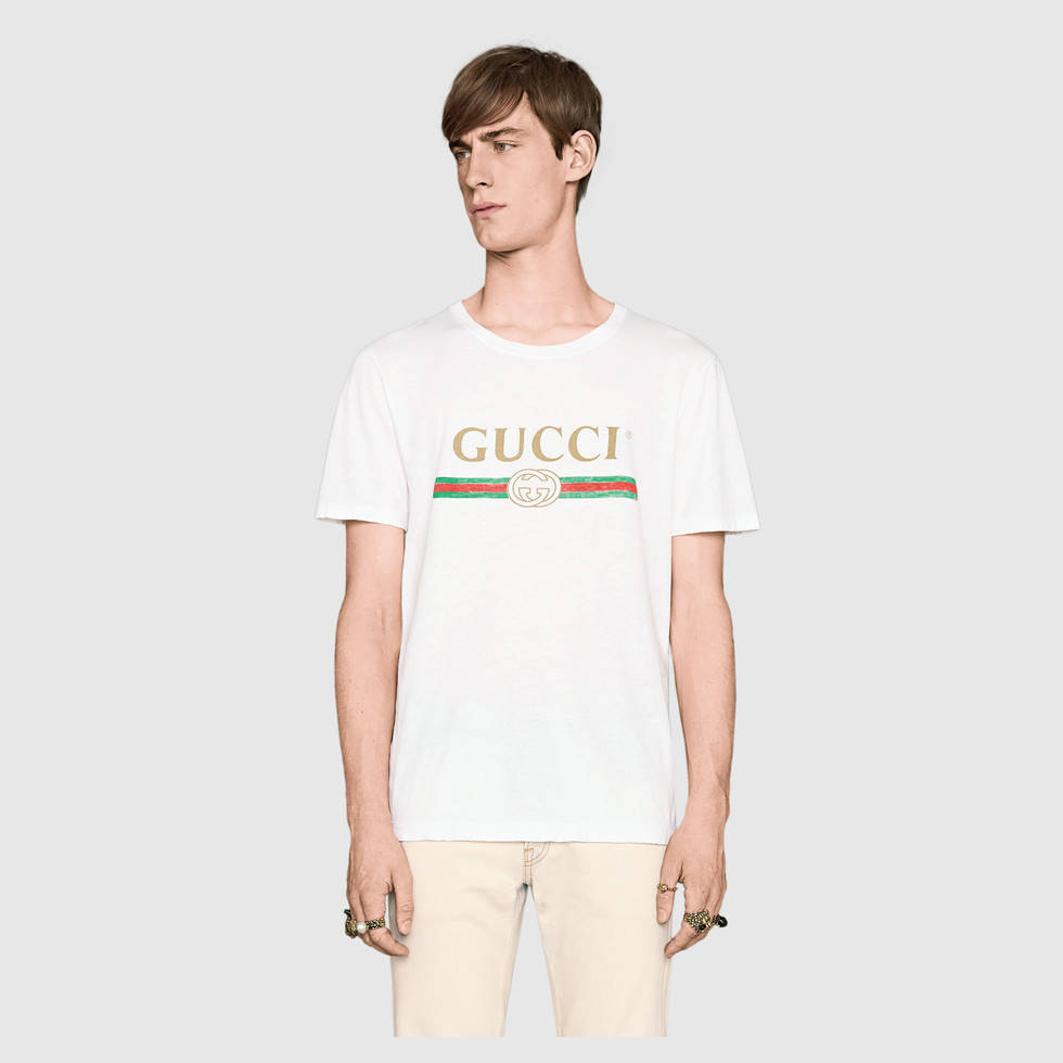 440103_X3F05_9045_003_100_0000_Light-Washed-t-shirt-with-Gucci-print