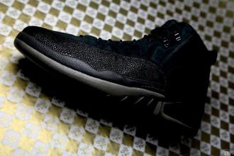Drake-x-Air-Jordan-12-OVO-Black-blackblk-mtlc-gold-456963-090