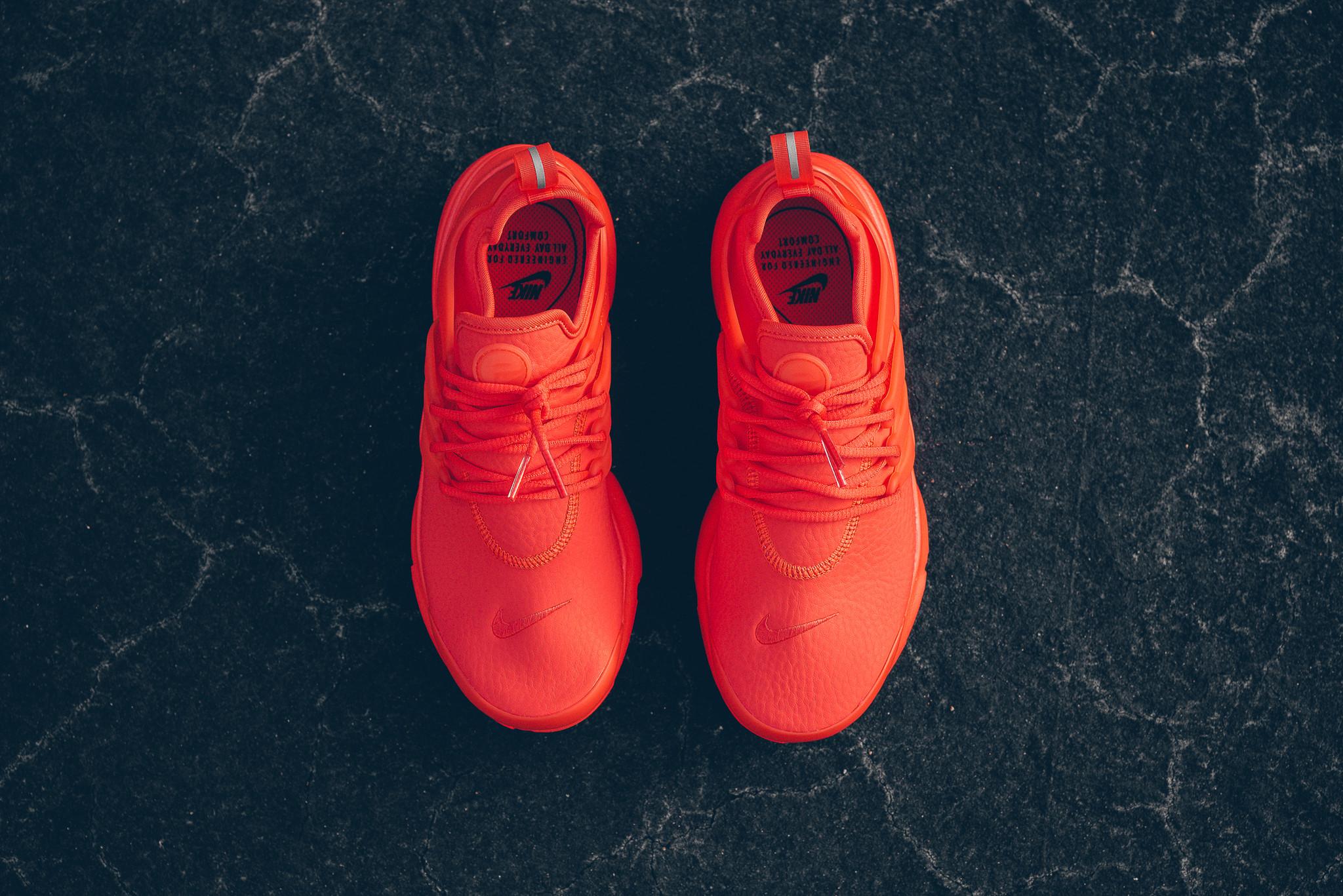 WMNS_Nike_Air_Presto_PRM_Max_Orange_Sneaker_Politics_HypeBeast_2