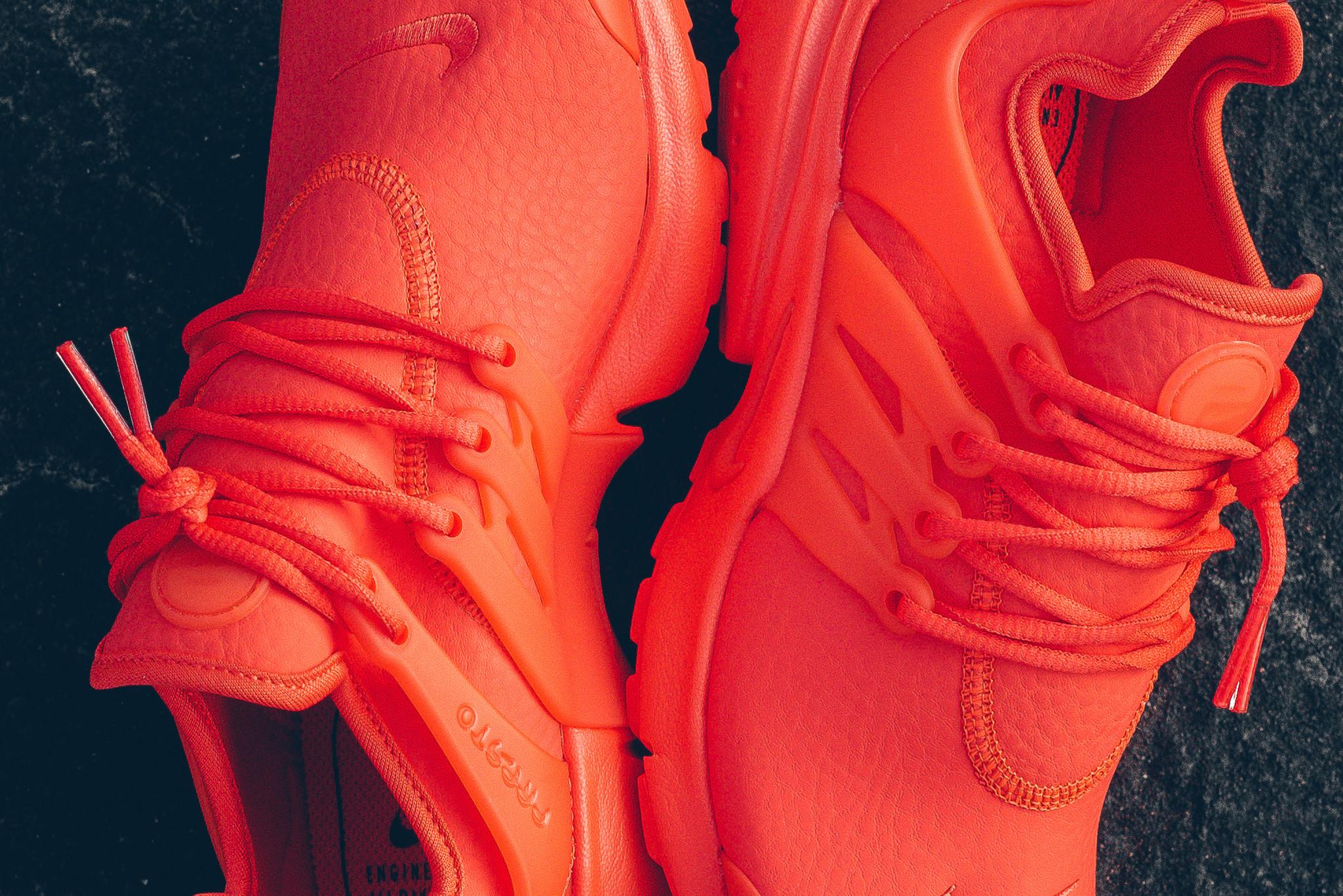 WMNS_Nike_Air_Presto_PRM_Max_Orange_Sneaker_Politics_HypeBeast_7