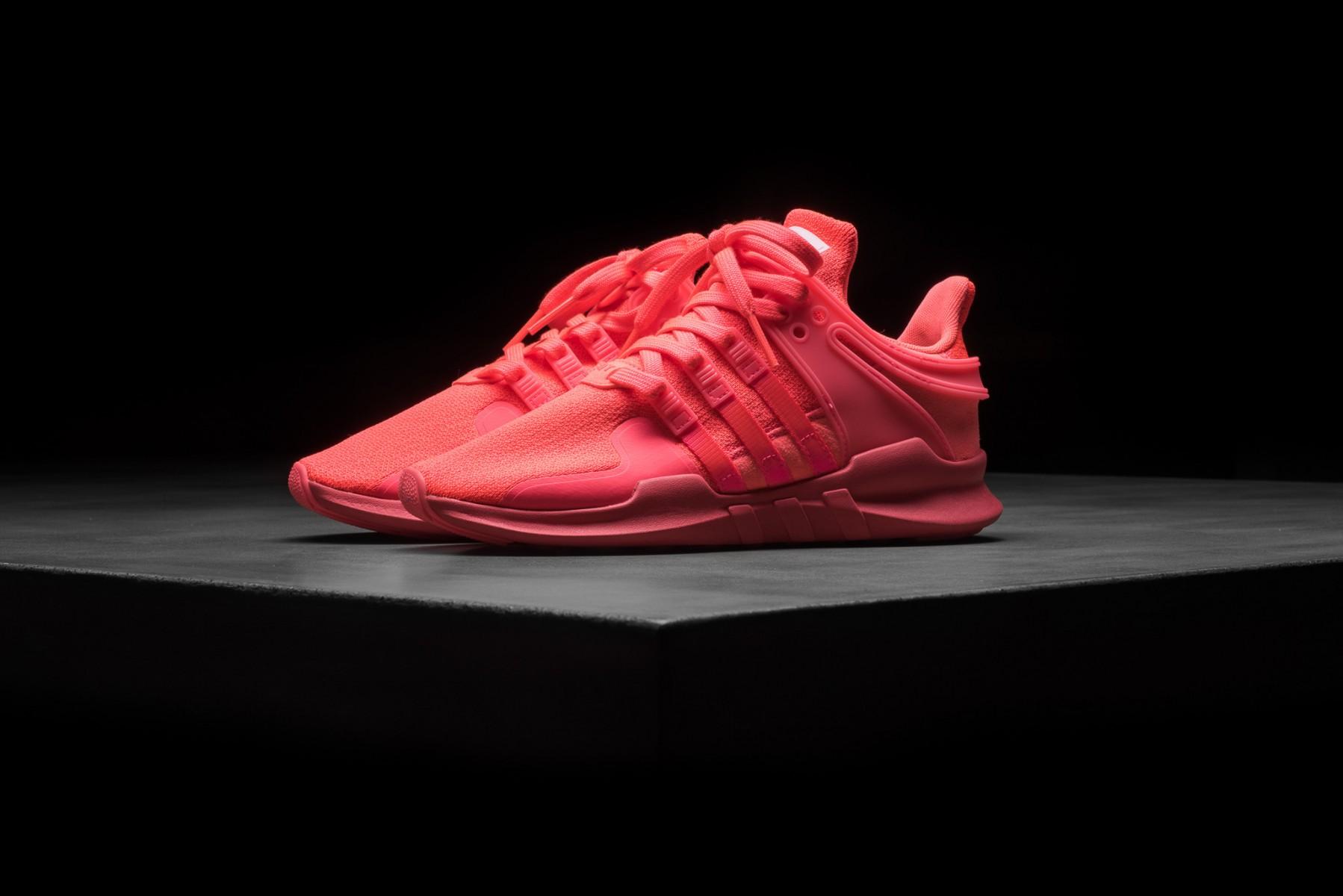 La Adidas EQT Support ADV dans un «Turbo Pink» tape-à-l'oeil