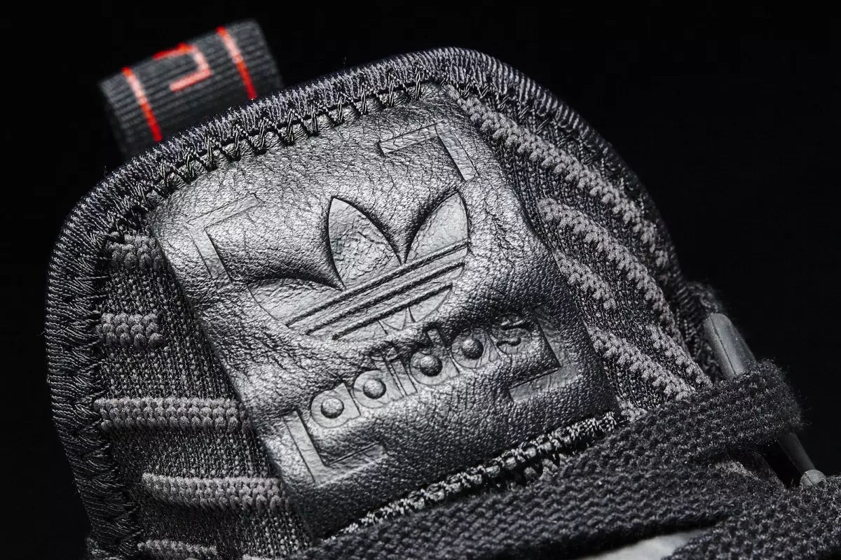 adidas-nmd-xr1-triple-black-closer-look-2
