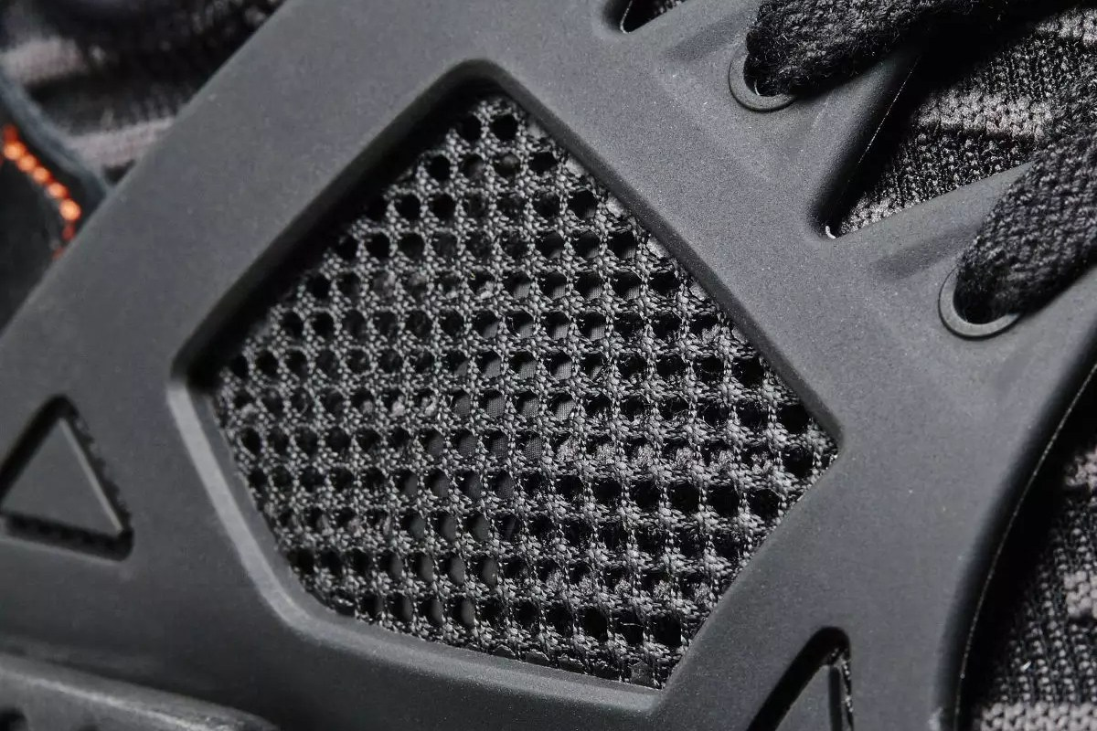 adidas-nmd-xr1-triple-black-closer-look-3