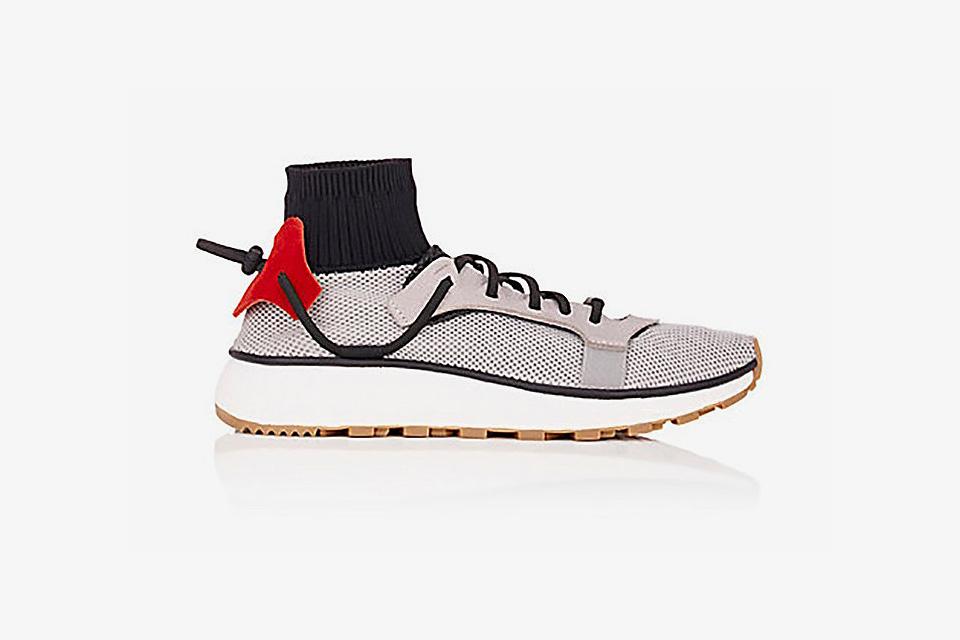 Des photos de deux nouvelles sneakers Alexander Wang x Adidas Originals ont leaké