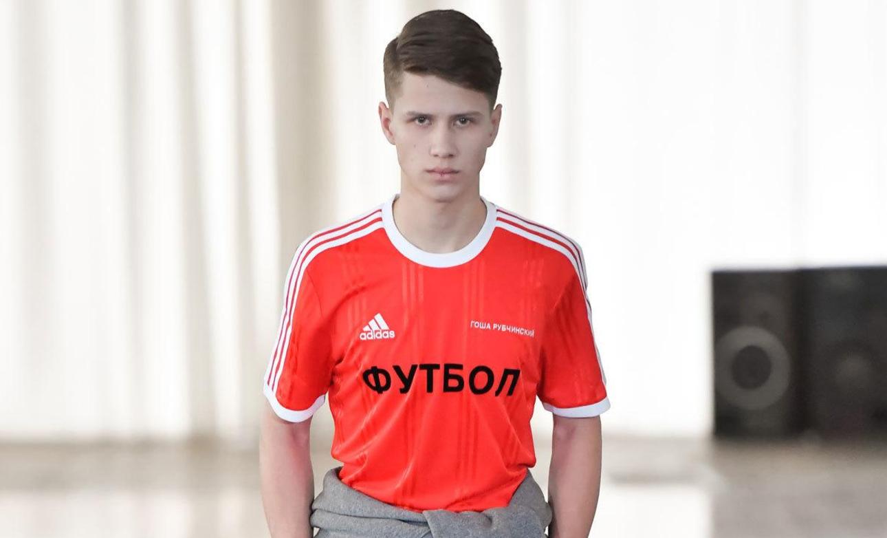 La collection Gosha Rubchinskiy Automne-Hiver 2017 pour les amateurs de football