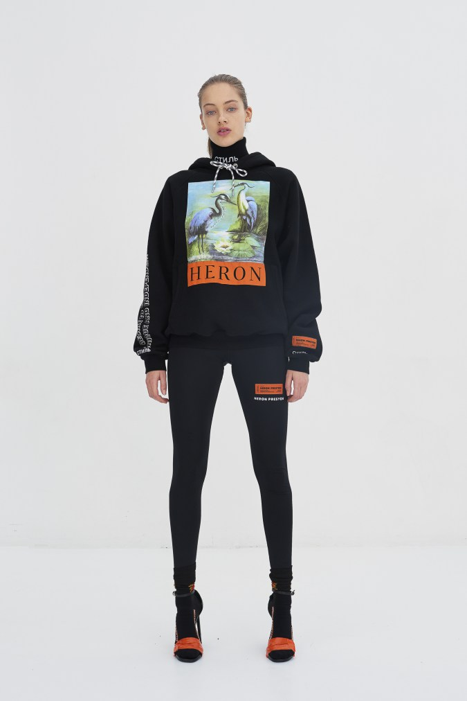heron-preston-ready-to-wear-debut-2017-fall-winter-12-e1484932436331