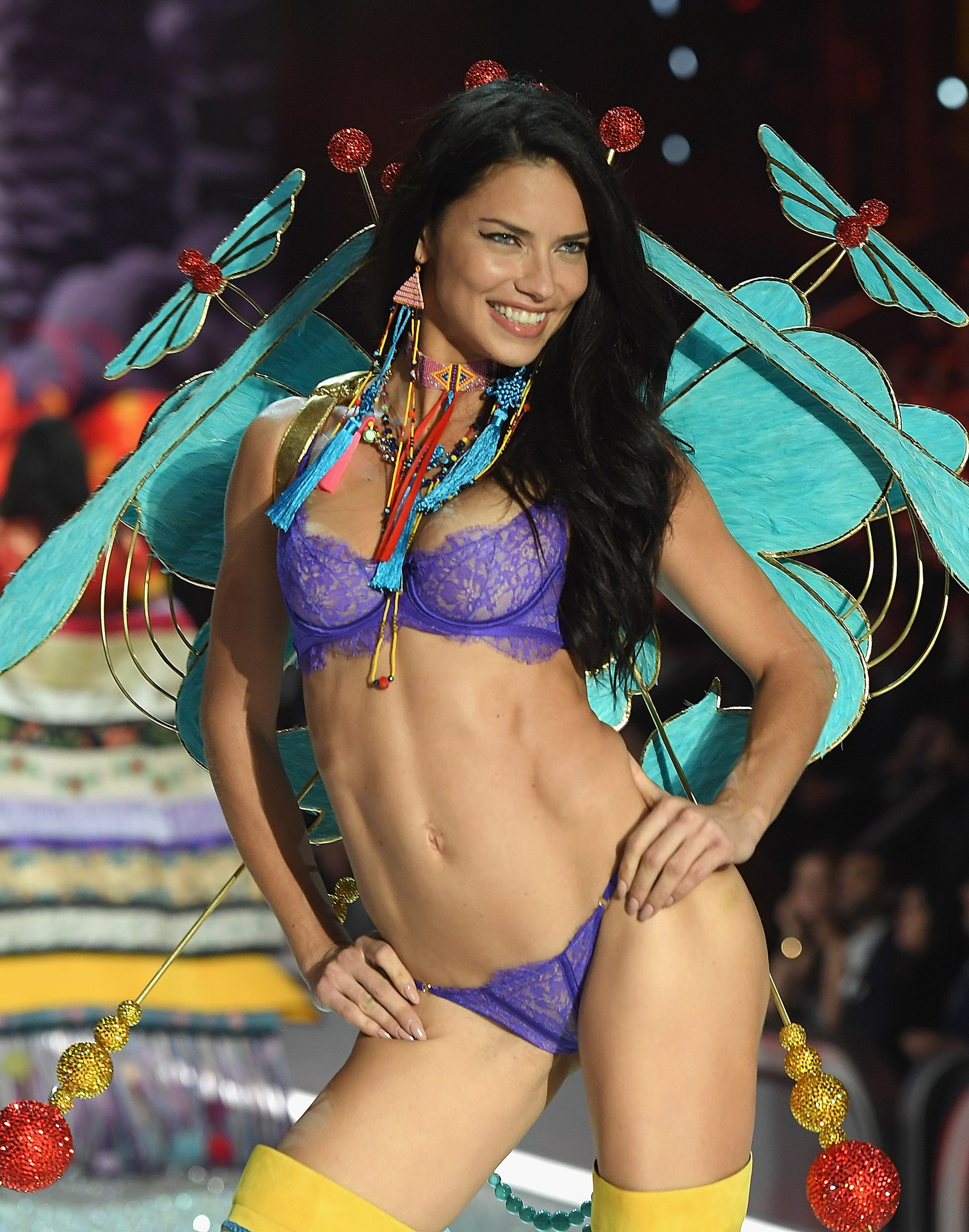 most-popular-vs-angel-adriana-lima
