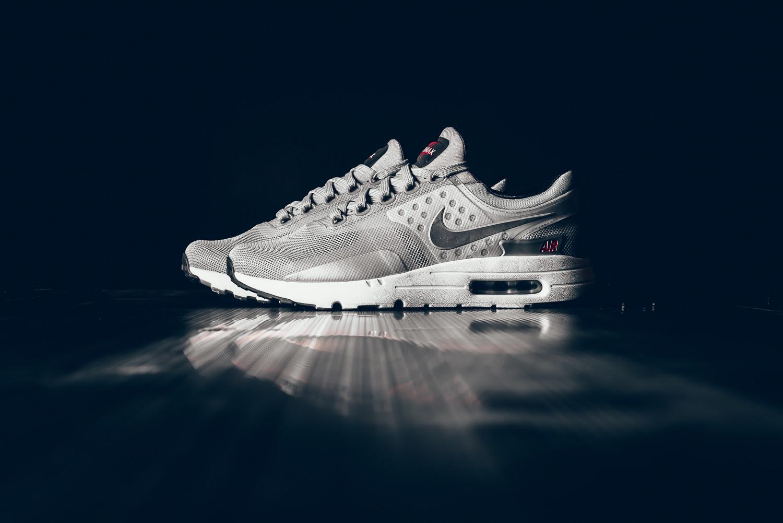 Nike donne un coloris «Metallic Silver» rayonnant à sa Air Max Zero