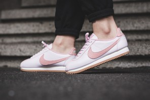 """Comme un air de classique sur la Nike Cortez """"Pearl Pink"""""""