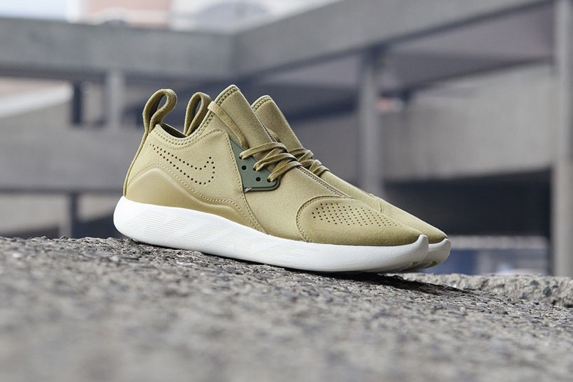nike-lunarcharge-premium-suede-pack-459-3
