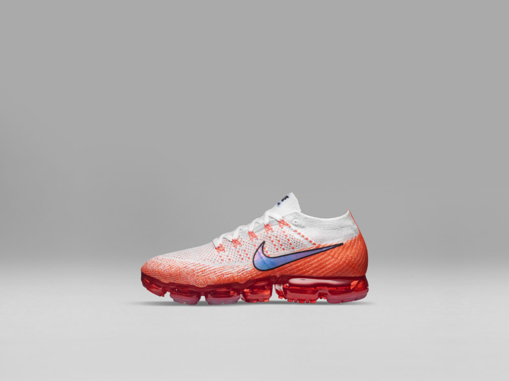 nike_air_vapormax_profile_orange_54047-1010x757