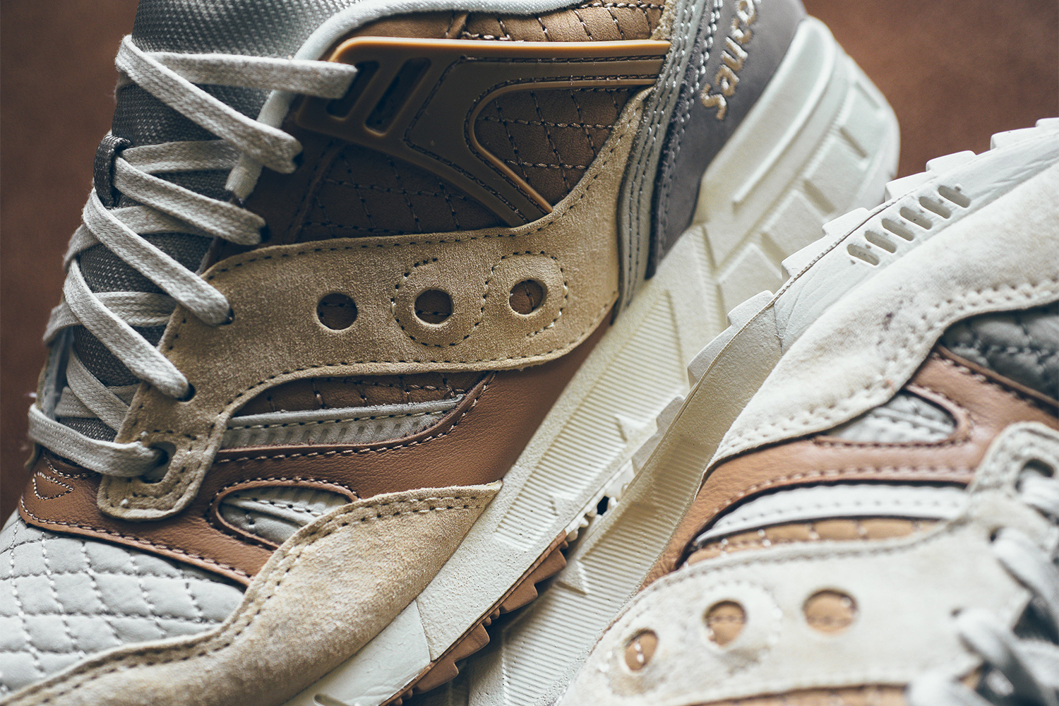 saucony-grid-sd-quilted-tan-grey-02