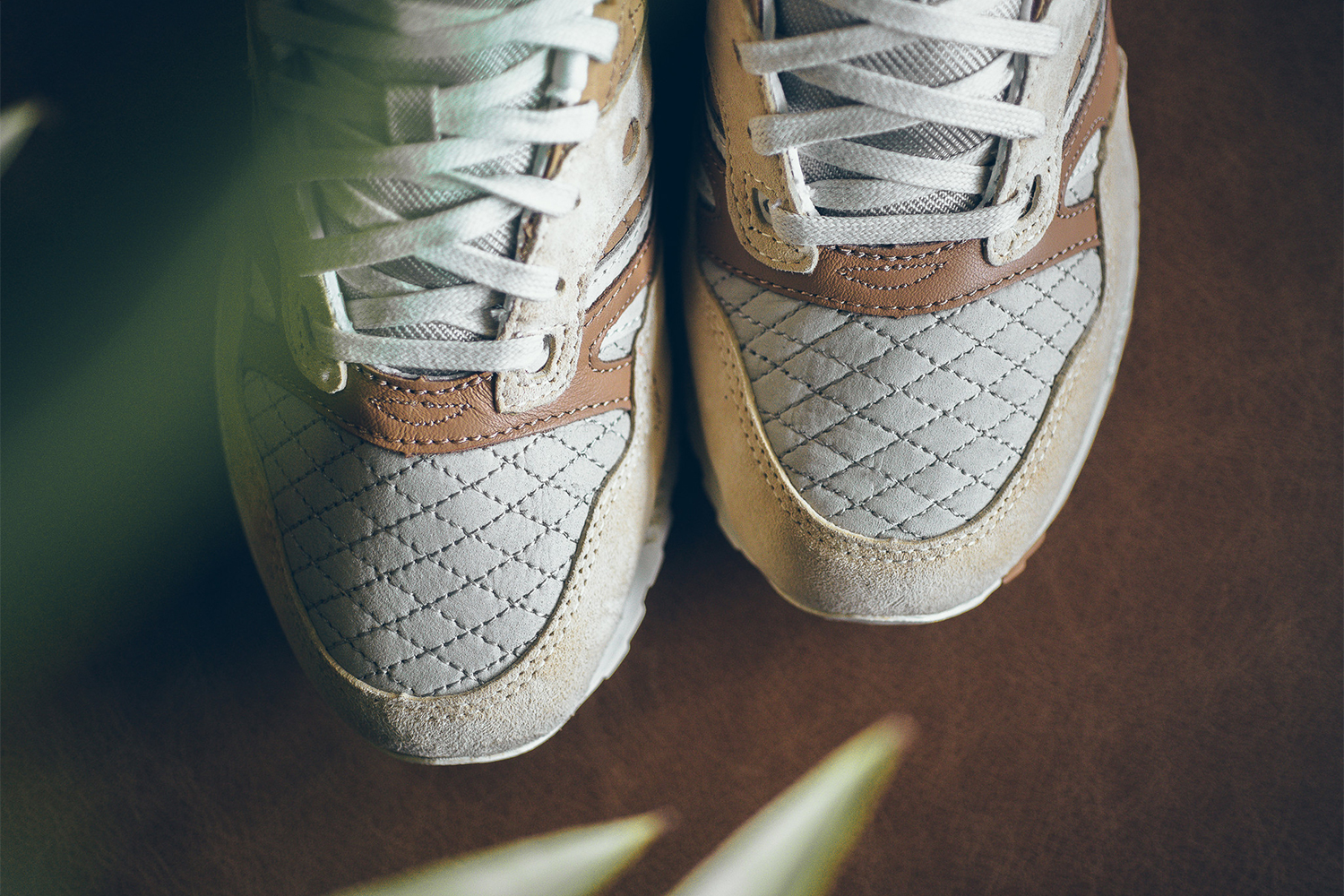 saucony-grid-sd-quilted-tan-grey-05
