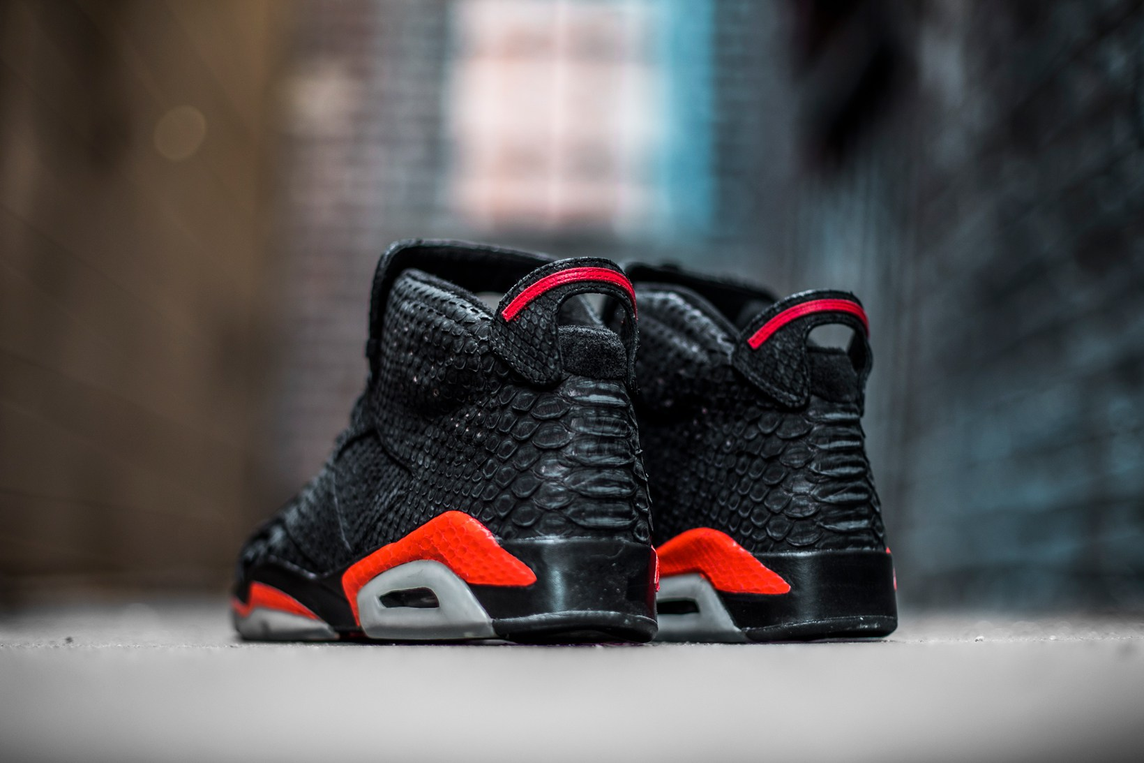 the-shoe-surgeon-air-jordan-6-infrared-2