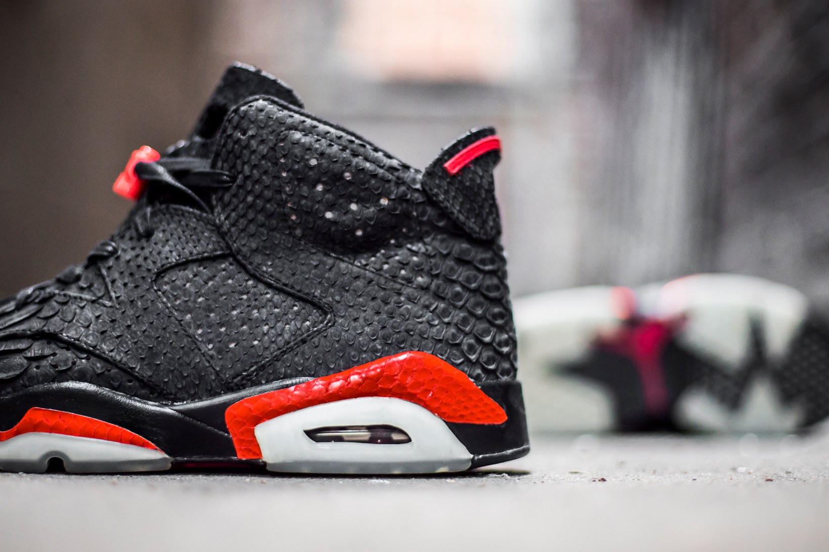the-shoe-surgeon-air-jordan-6-infrared-3