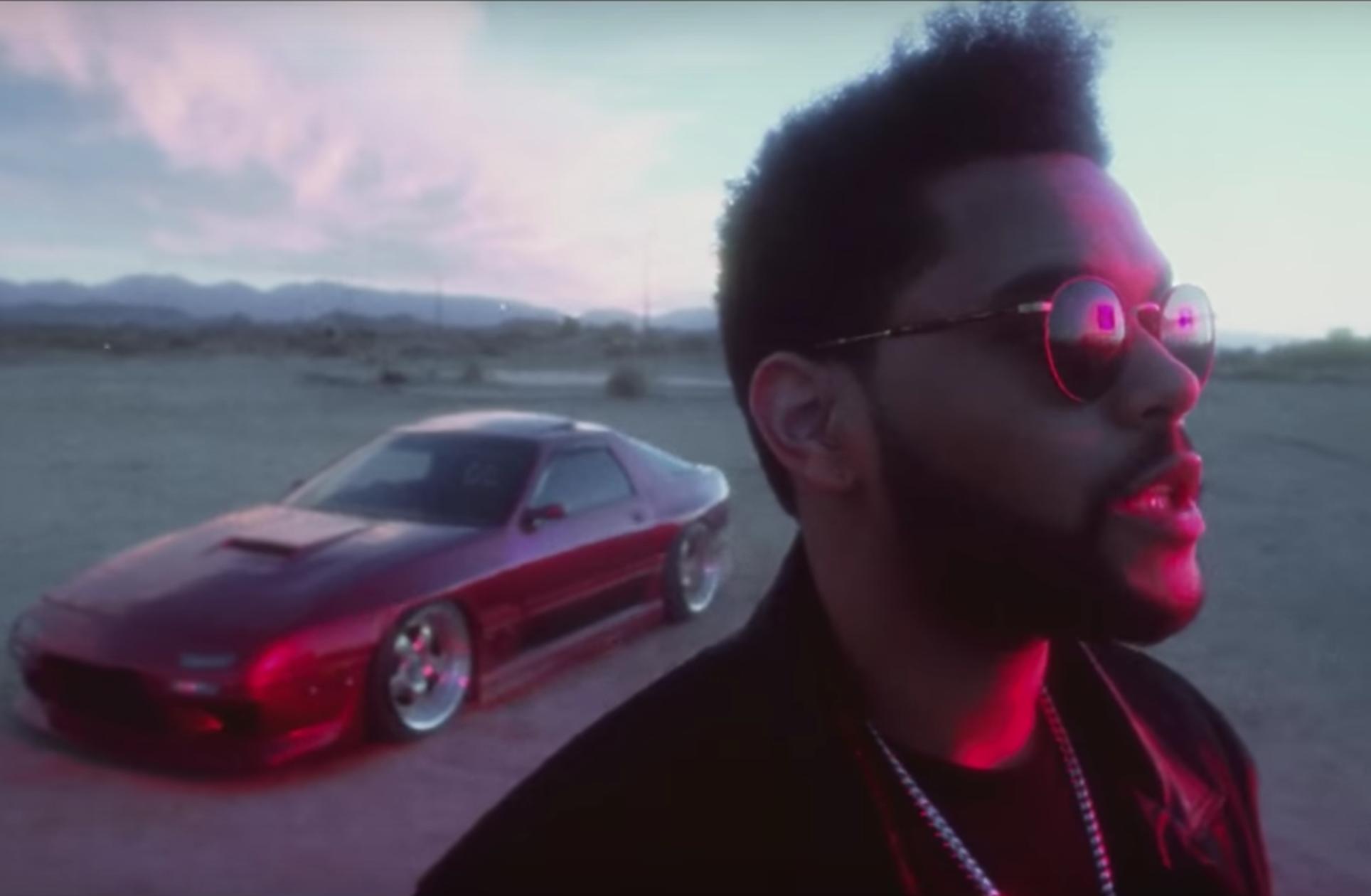 The Weeknd balance le clip totalement frénétique de « Party Monster »