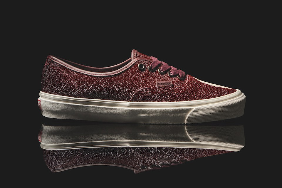 vault-by-vans-authentic-stingray-leather-1