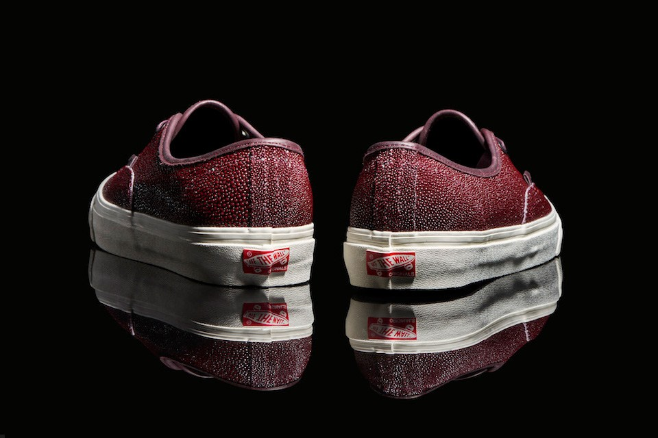 vault-by-vans-authentic-stingray-leather-4