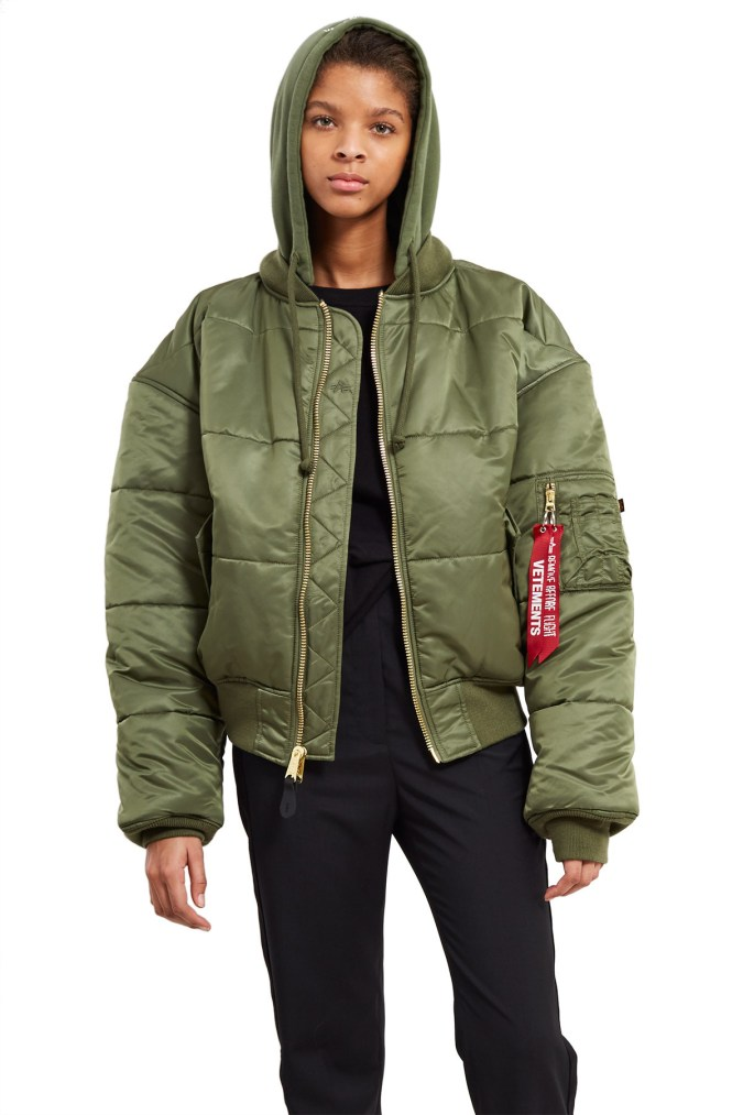 vetements-alpha-industries-bombers-2