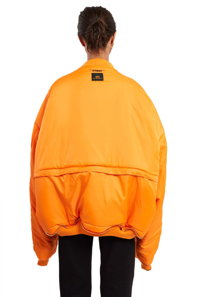 vetements-alpha-industries-bombers-9