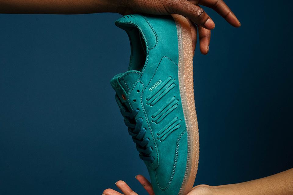 adidas-consortium-womens-samba-deep-hue-05