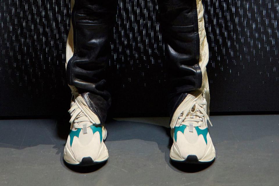 adidas-originals-yeezy-runner-release-gallery-01
