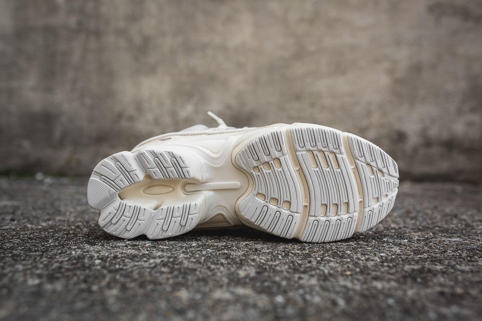 adidas-raf-simons-ozweego-bunny-cream-5