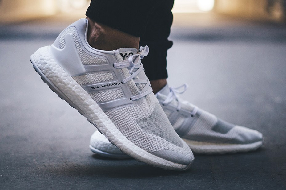 La Adidas Y-3 Pure BOOST « Triple White »
