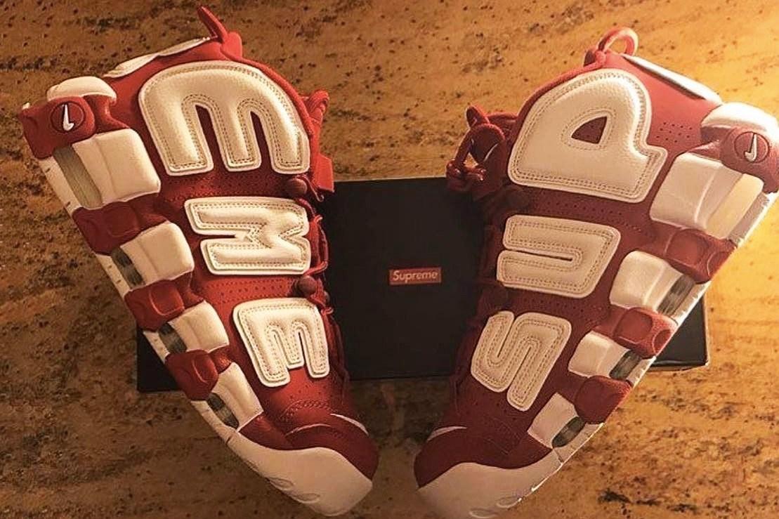 A$AP Bari reçoit l'une des premières paires de Supreme x Nike Air More Uptempo