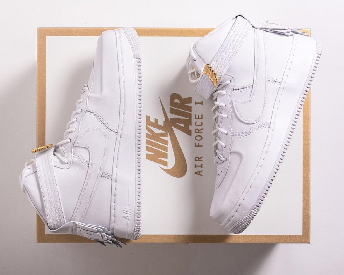 Nike présente la Air Force 1 «Sport Lux» Friends and Family
