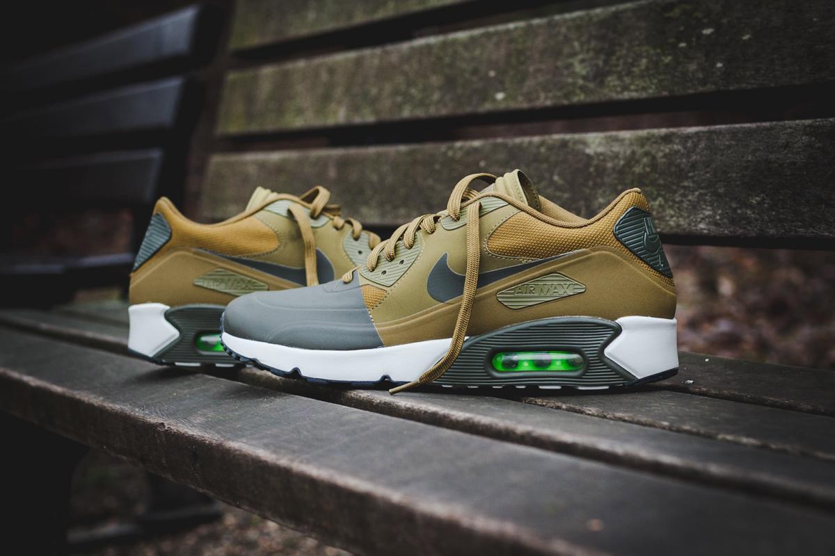 Le coloris «Militia Green» s'installe sur la Nike Air Max 90 Ultra 2.0