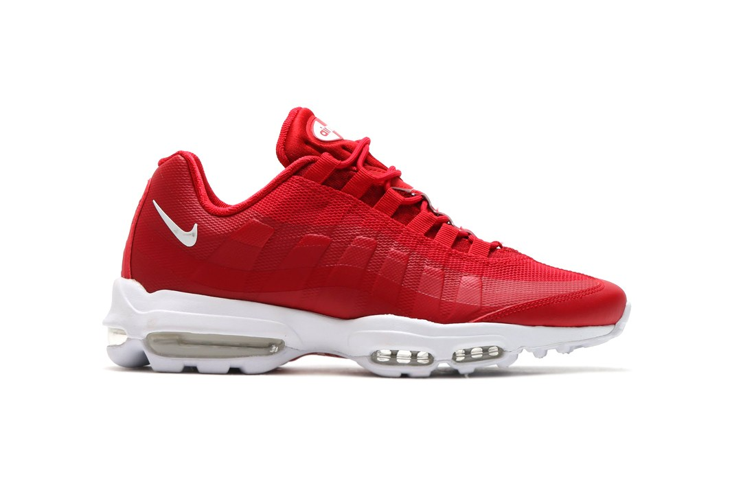nike-air-max-95-ultra-essential-black-gym-red-binary-blue-2