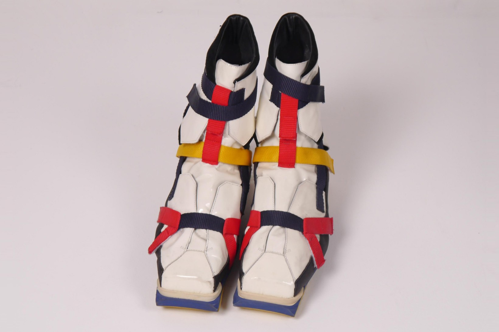 rare-raf-simons-de-stijl-hiking-boot-2
