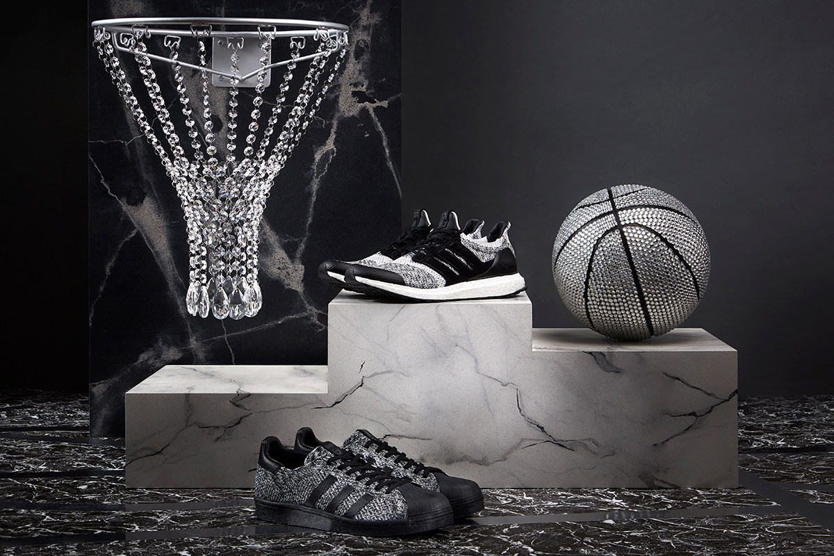 Adidas confime sa collaboration avec Sneakersnstuff et Social Status