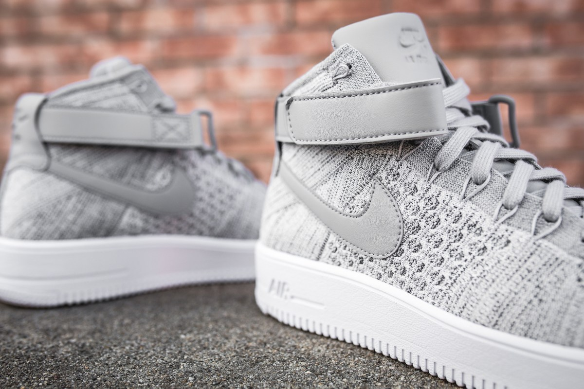 wolf-grey-nike-air-force-1-ultra-flyknit-mid-closer-look-4