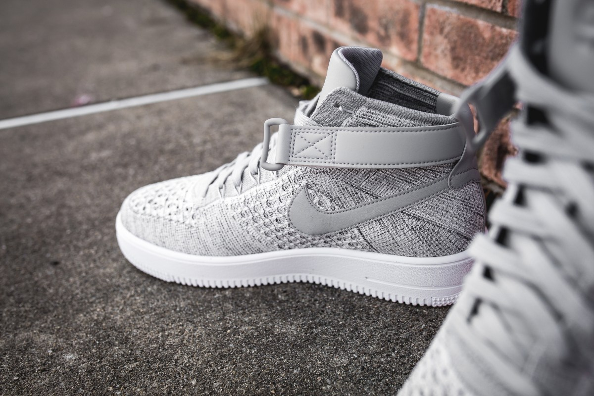 wolf-grey-nike-air-force-1-ultra-flyknit-mid-closer-look-5