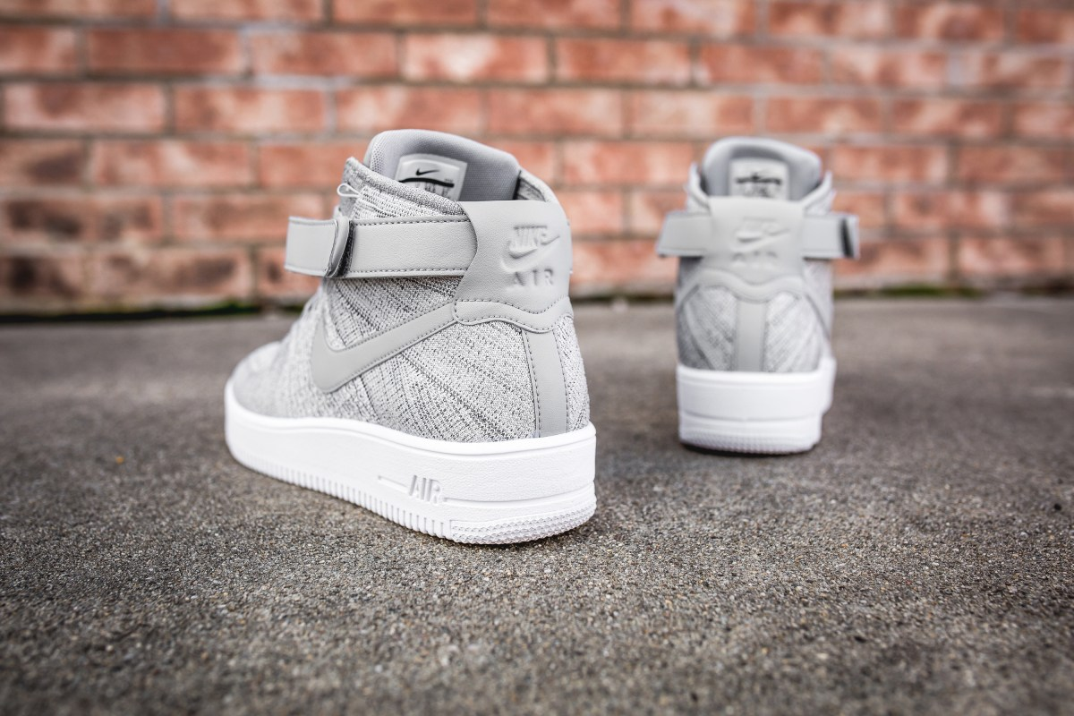 wolf-grey-nike-air-force-1-ultra-flyknit-mid-closer-look-6