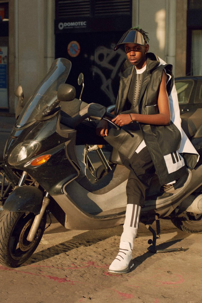 y-3-2017-spring-summer-science-fiction-collection-1