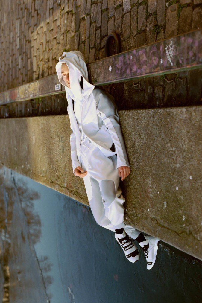 y-3-2017-spring-summer-science-fiction-collection-6