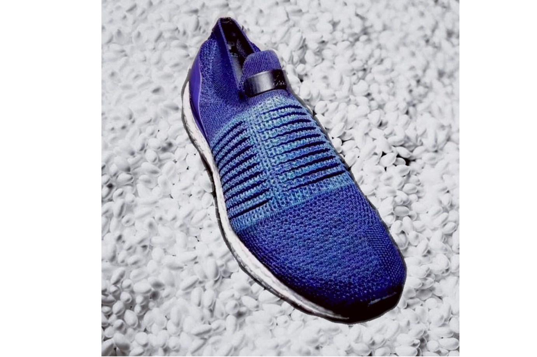 Voici un premier coup d'oeil de l'Adidas UltraBOOST Laceless