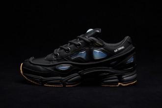 adidas-raf-simons-ozweego-bunny-core-black-1