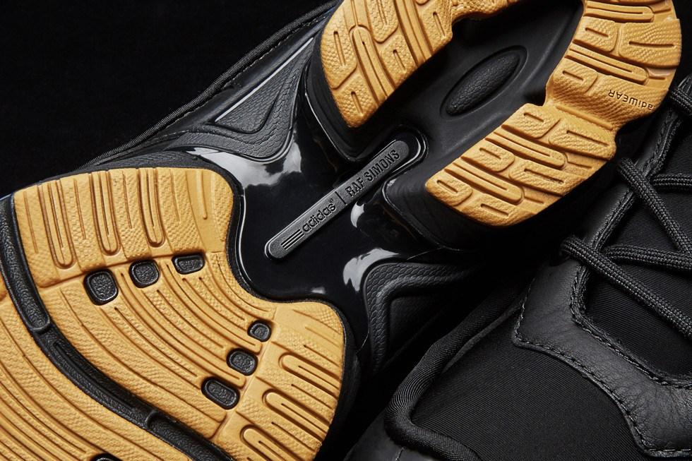 adidas-raf-simons-ozweego-bunny-core-black-3