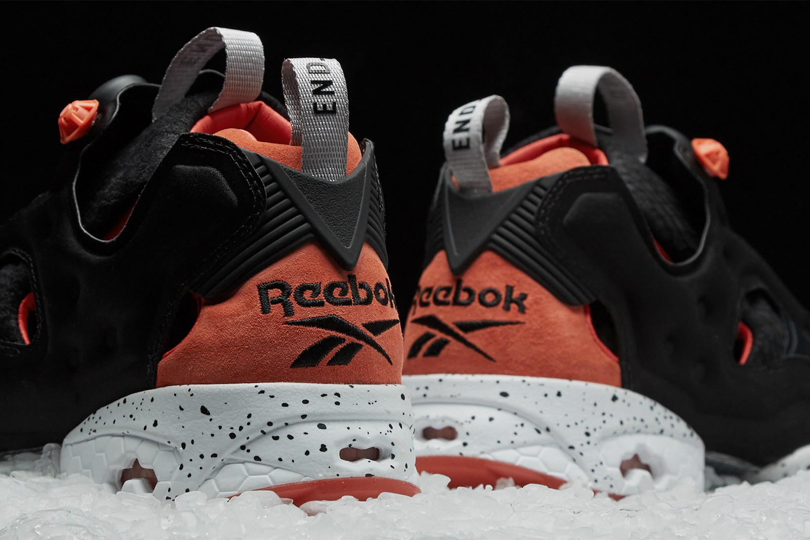 end-reebok-instapump-fury-black-salmon-5