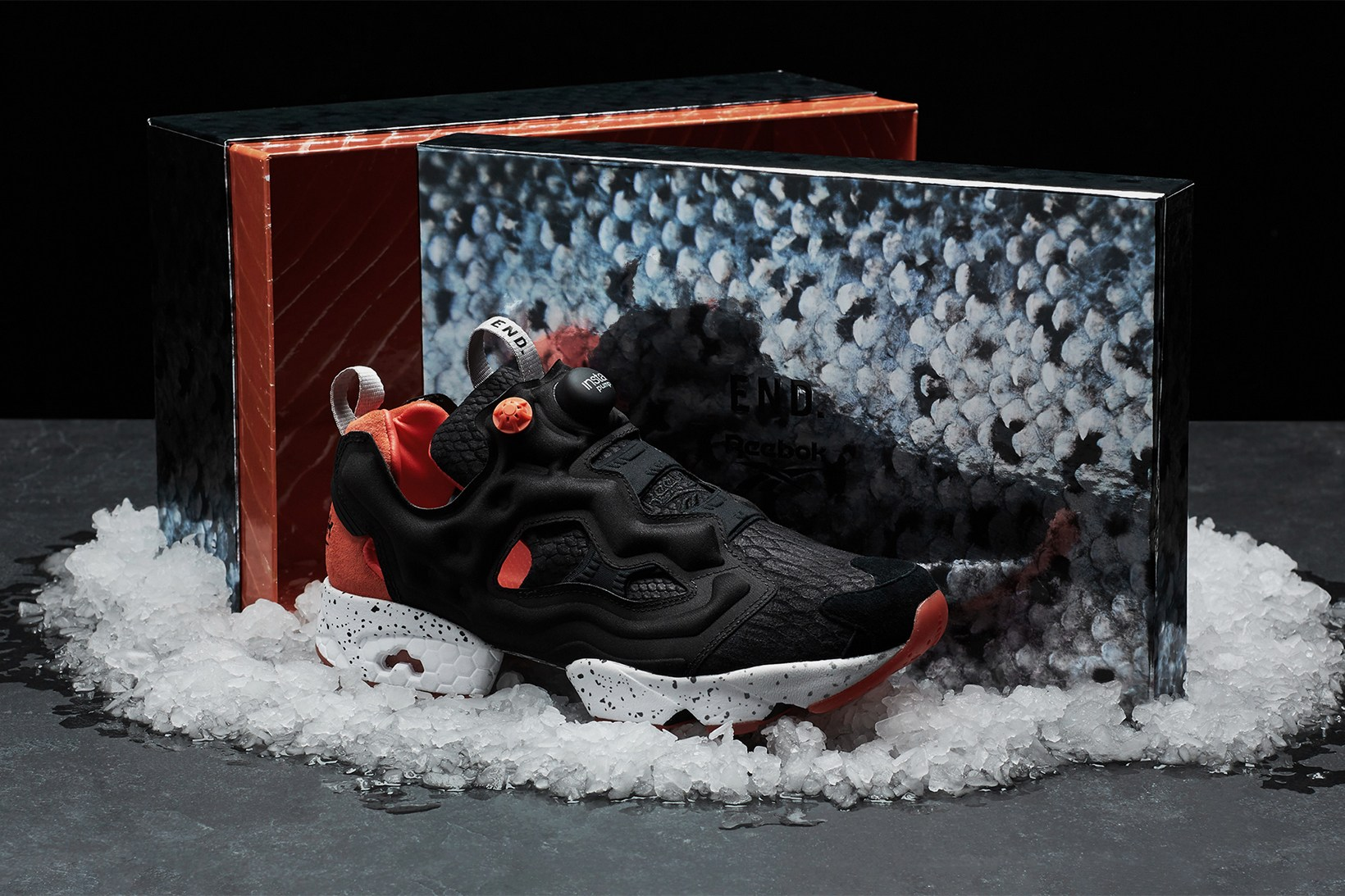end-reebok-instapump-fury-black-salmon-6