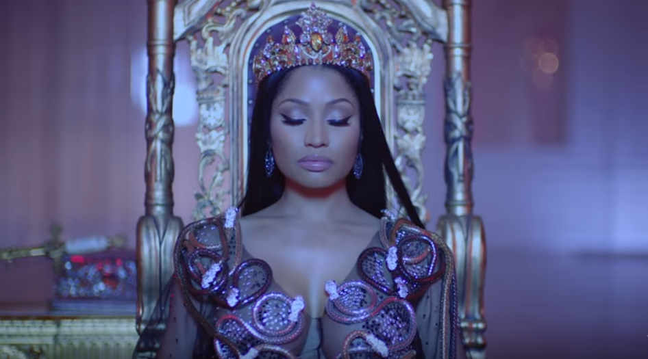 Nicki Minaj : la Barbie revient en force avec son clip « No Frauds »