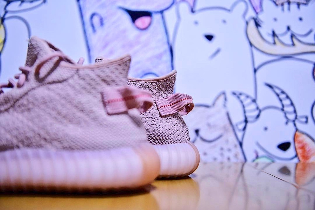 adidas-originals-yeezy-boost-650-v1-sample-6