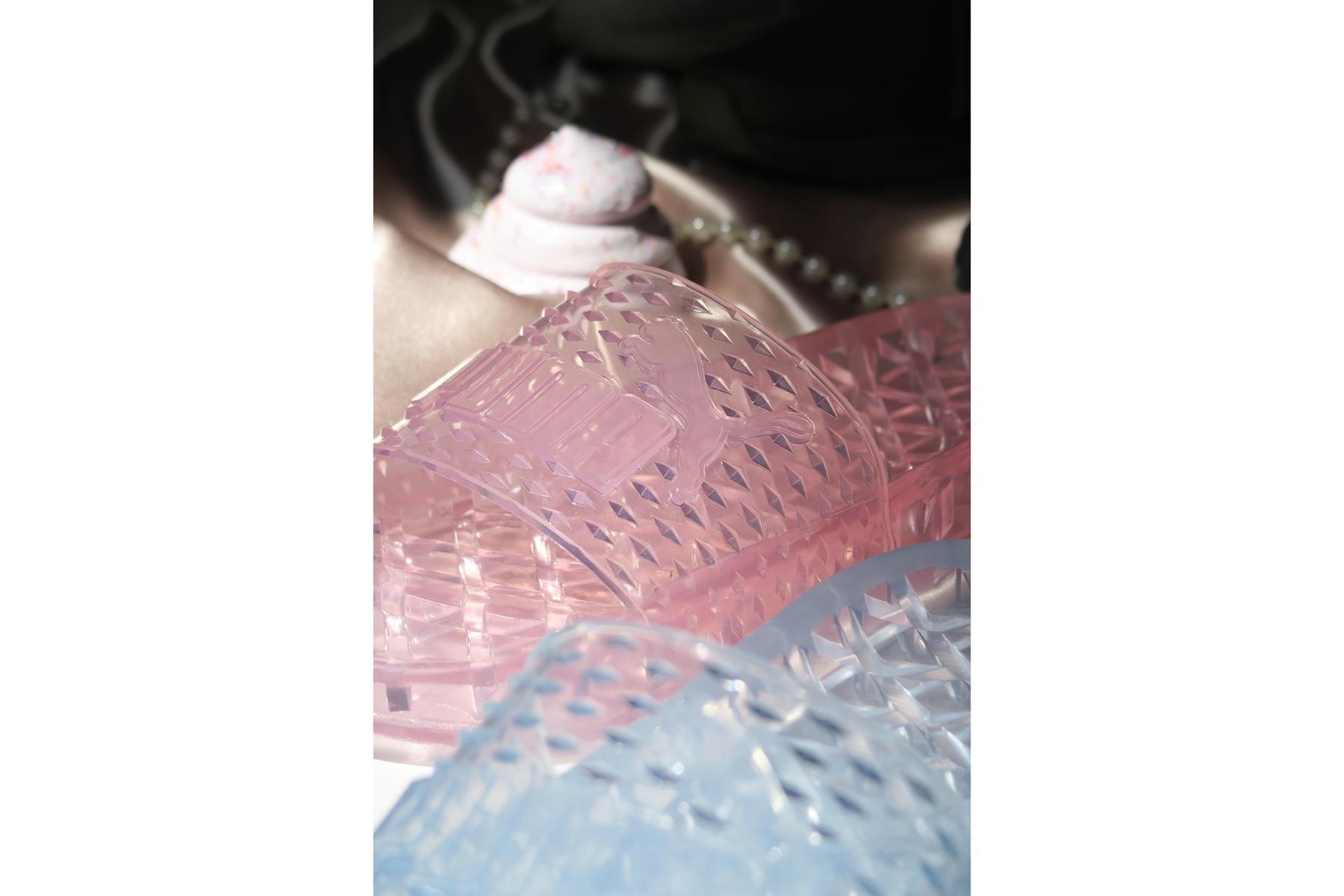 rihanna-fenty-puma-jelly-slides-2